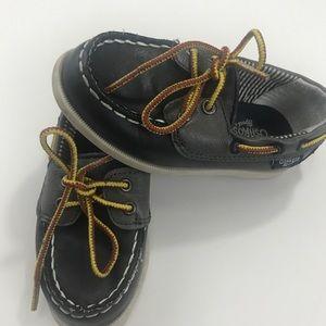 OshKosh B'gosh kid shoes 7 toddler size